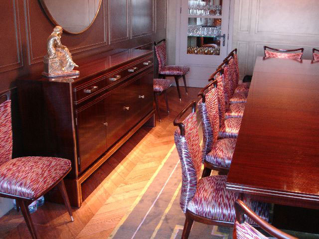 Indian rosewood and brass inlaid side cabinet, dining table and chairs