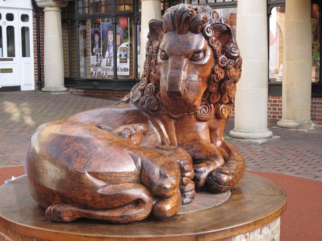 Hawkins Furniture Restoration Sculpture Of The Lion And Lamb